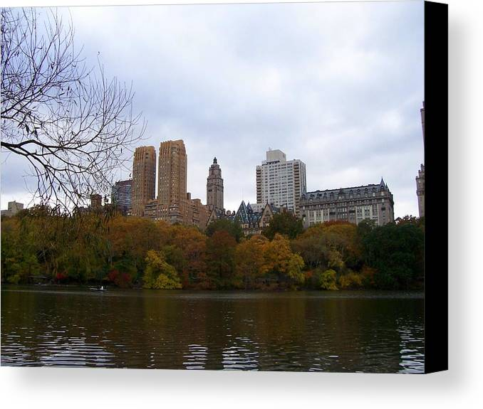 New York Canvas Print featuring the photograph Cental Park City View by Kate Murphy