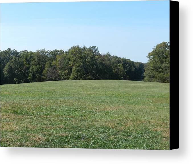 Mount Vernon Canvas Print featuring the photograph Field At Mount Vernon by Genevieve Keillor