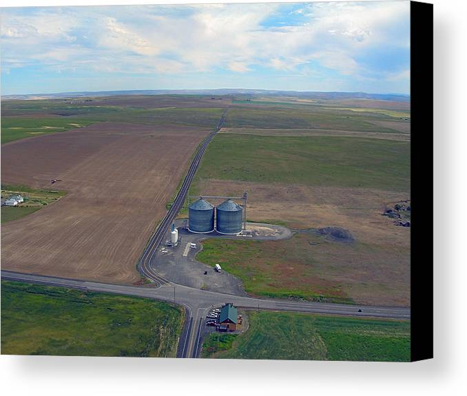 Farms Canvas Print featuring the photograph Giant Silos In Farmer Wa. by Jerry Luther