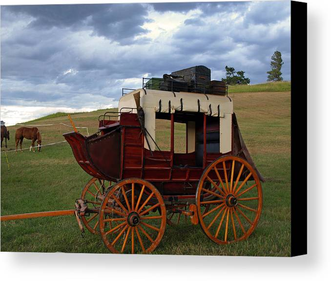 Wagon Canvas Print featuring the photograph Old Time Luxury by Lynn Hill