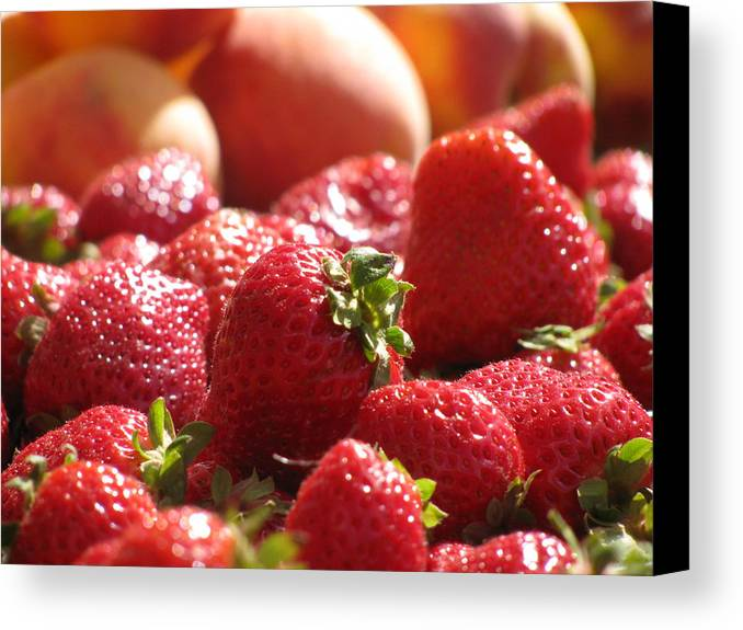 Fruit Canvas Print featuring the photograph Strawberries With Peaches by Alfred Ng