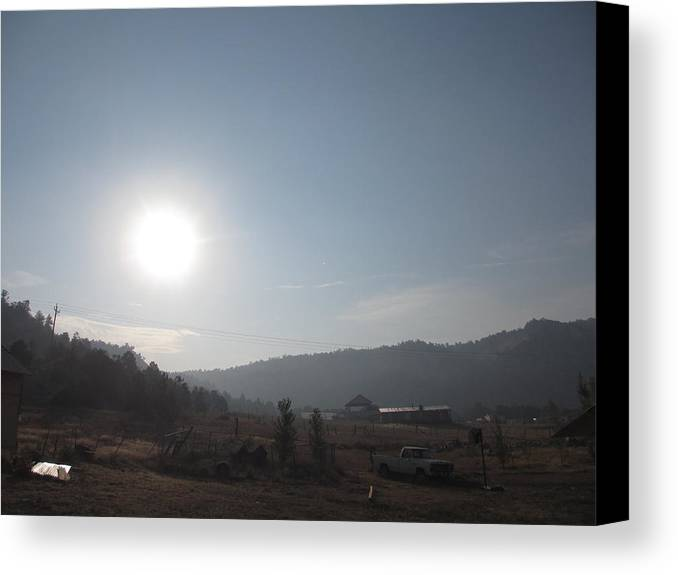 Landscape Canvas Print featuring the photograph Valley Sunrise by David D Mitchall