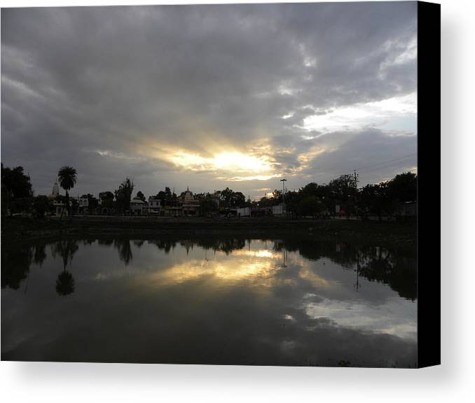 Evening Canvas Print featuring the photograph Glossy Evening by Sachin Manawaria