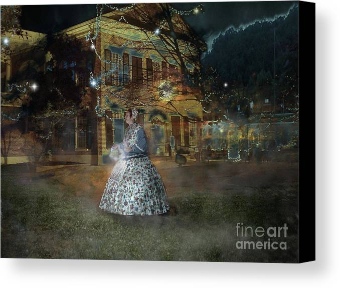 Dahlonega Canvas Print featuring the photograph A Haunted Story In Dahlonega by Nicole Angell