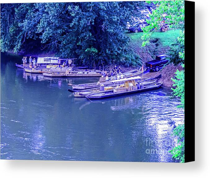 Batteaux Canvas Print featuring the photograph Batteaux At Cartersville Landing 1095t by Doug Berry