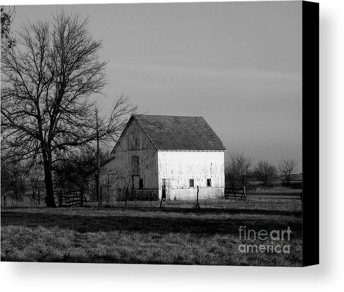 Barn Canvas Print featuring the photograph Black And White Barn Ll by Michelle Hastings