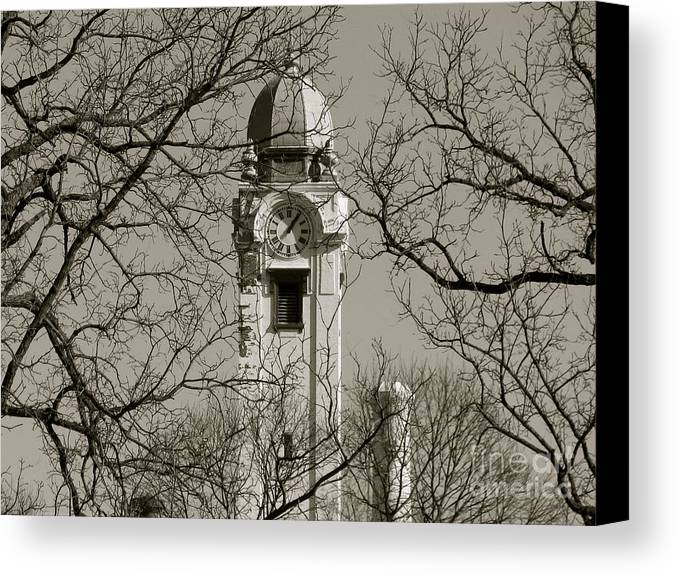 Clock Tower Canvas Print featuring the photograph Clock Tower In Black And White by Sherri Williams