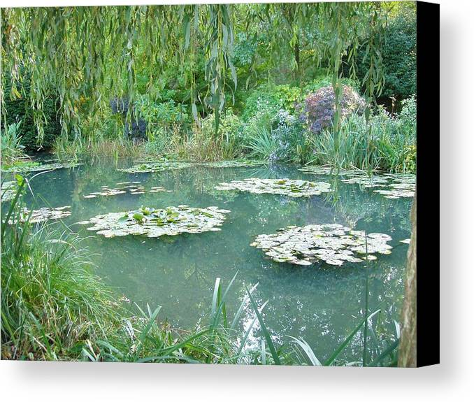 France Canvas Print featuring the photograph Giverny V by Wendy Uvino