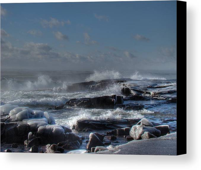 Lake Superior Canvas Print featuring the photograph Glistening Sparkle by Tingy Wende