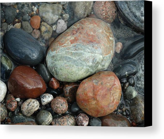 Wet Rocks Canvas Print featuring the photograph Lake Superior Wet Rocks by David T Wilkinson