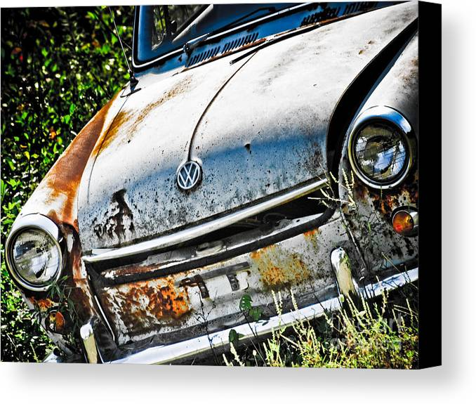 Canvas Print featuring the photograph Old Vw by Kathy Jennings