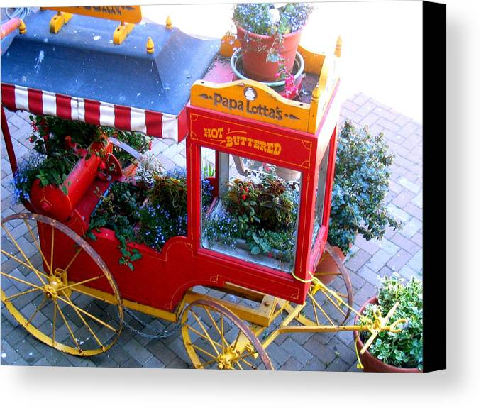 Popcorn Canvas Print featuring the photograph Papa Lottas Hot Buttered Popcorn by Bob Gardner