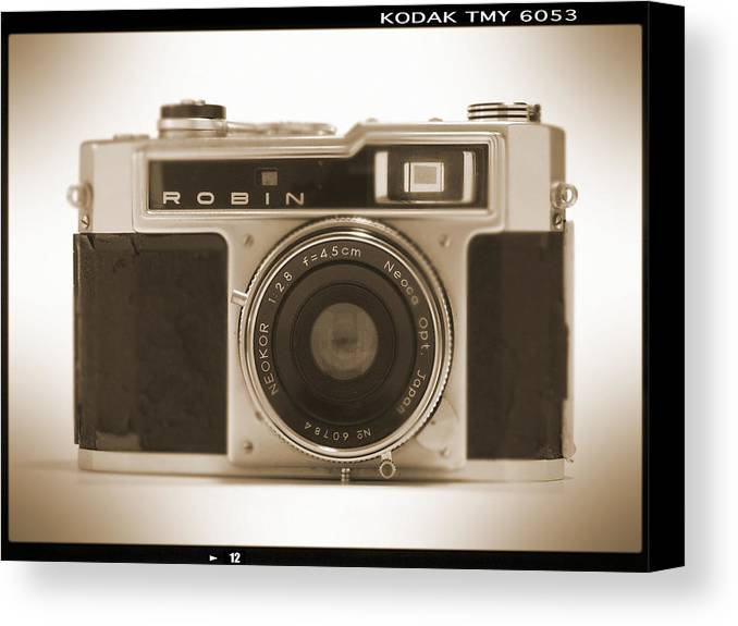 Vintage Robin Canvas Print featuring the photograph Robin 35mm Rangefinder Camera by Mike McGlothlen