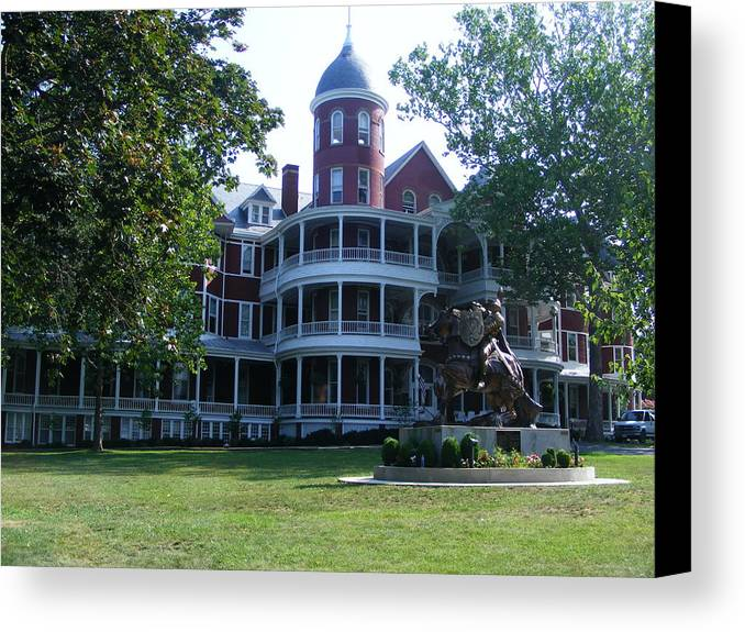 Buena Vista Canvas Print featuring the photograph Southern Virgiinia College by Eddie Armstrong