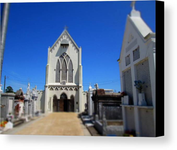 New Orleans Canvas Print featuring the photograph St. Roch by Monte Landis