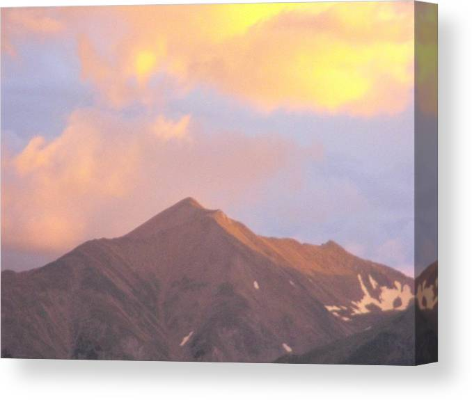 Canvas Print featuring the photograph Beuna Vista Colorado by Nelson Skinner