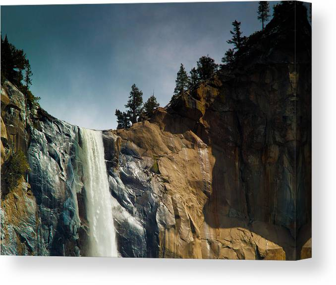 Yosemite Canvas Print featuring the photograph Bridalveil IIi by Bill Gallagher