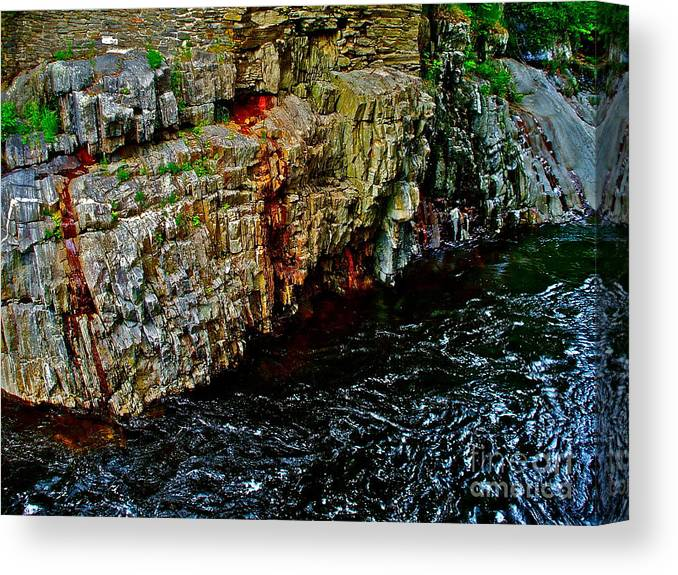 Landscape Canvas Print featuring the photograph Coos Canyon 342 by George Ramos