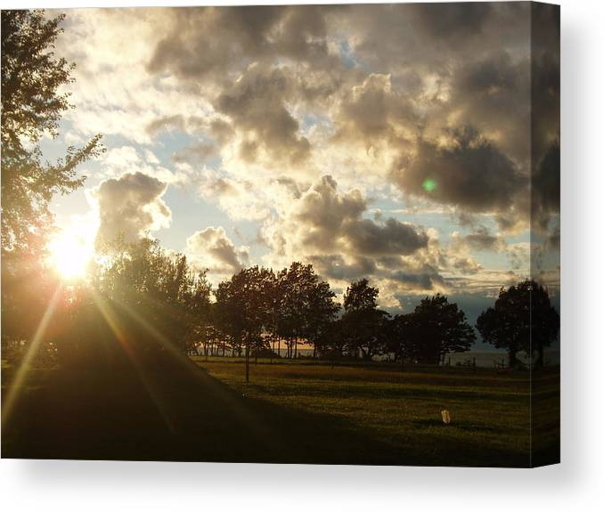 Canvas Print featuring the photograph Erie Sunset by Lindsay Kurek