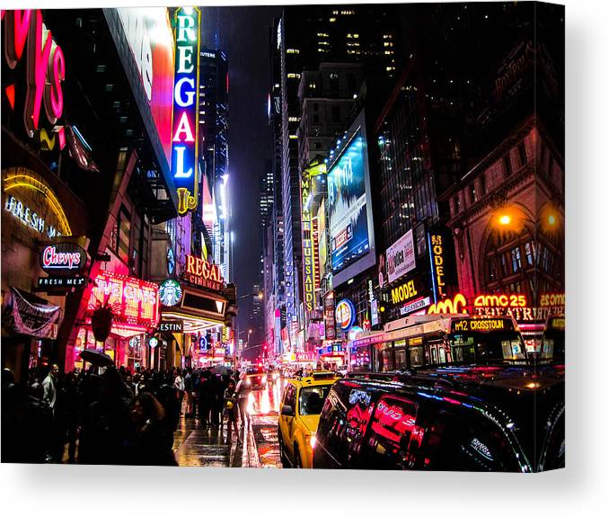 Night Canvas Print featuring the photograph New York City Night by Nicklas Gustafsson