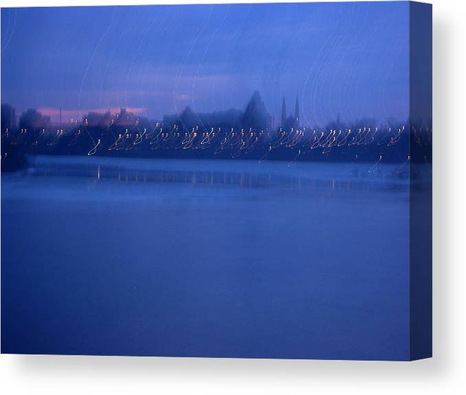 Urnan Landscape Canvas Print featuring the photograph Ottawa By Night 2 by Andre Paquin