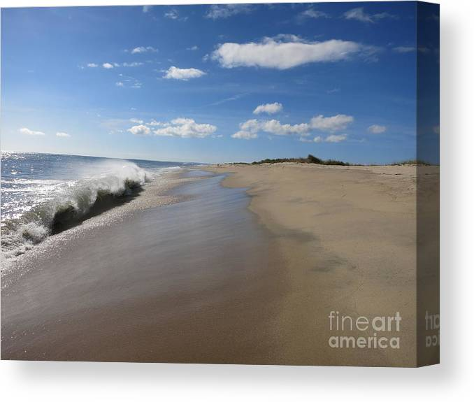 Canvas Print featuring the photograph South Beach by Chris Keeler