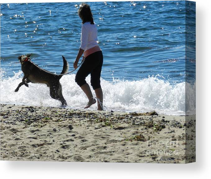 Art Canvas Print featuring the photograph The Wave by Linda Galok