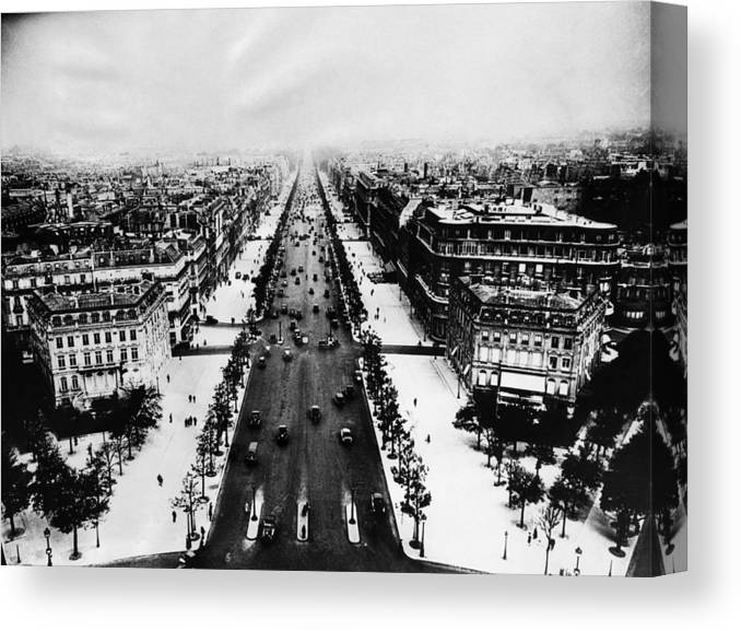 1940s Canvas Print featuring the photograph Champ Elysees, Paris, 1944 by Everett