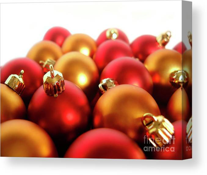 Ball Canvas Print featuring the photograph Gold And Red Xmas Balls by Carlos Caetano