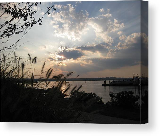 Landscape Canvas Print featuring the photograph Sunset Over The Potomac by Lisa Spencer Osterhoudt