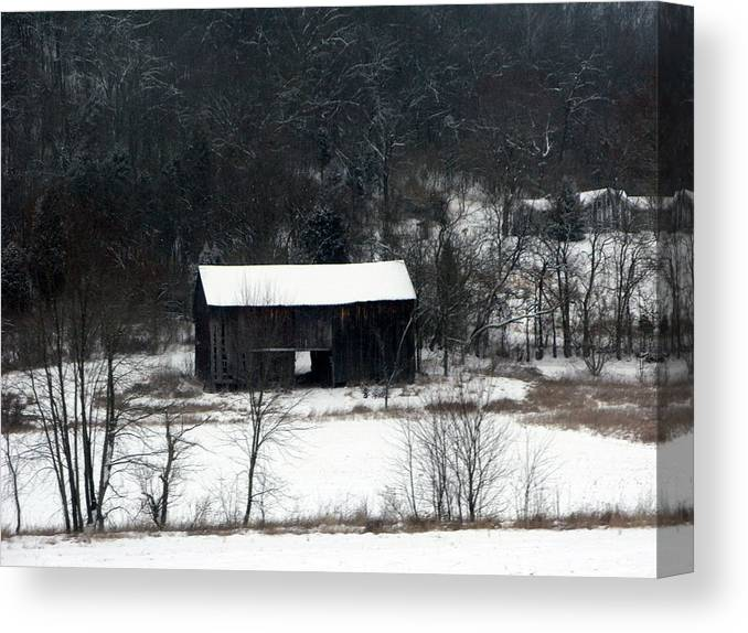 Barn Canvas Print featuring the photograph Abandoned Barn by Martie DAndrea