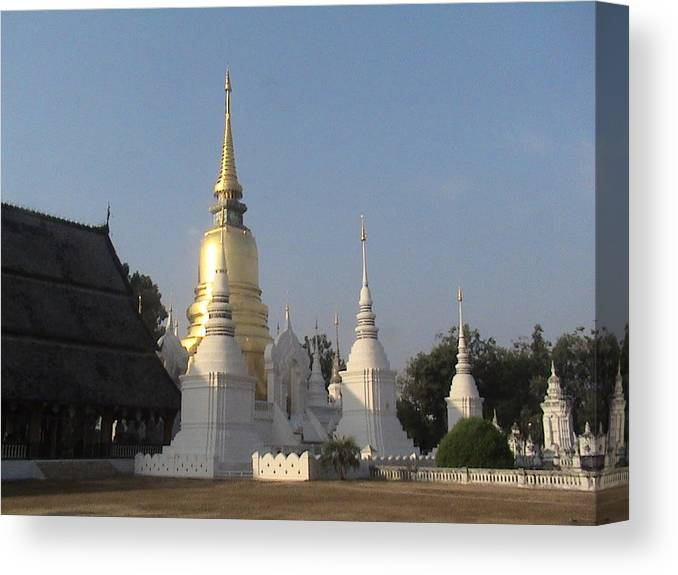Travel Canvas Print featuring the photograph Chang Mai Temple by William Thomas