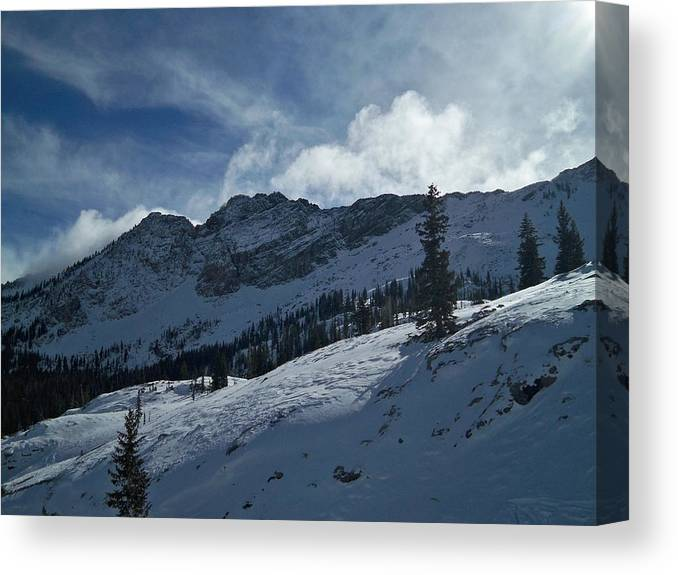 Ski Canvas Print featuring the photograph Devils Castle Morning Light by Michael Cuozzo