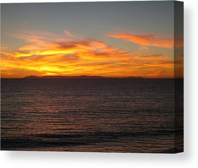 Sunset Canvas Print featuring the photograph Laguna Sunset View by John Loyd Rushing