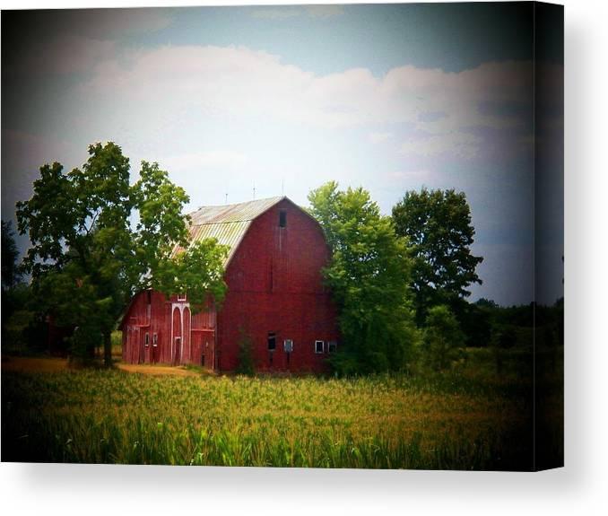 Barn Canvas Print featuring the photograph Old Indiana Barn by Joyce Kimble Smith