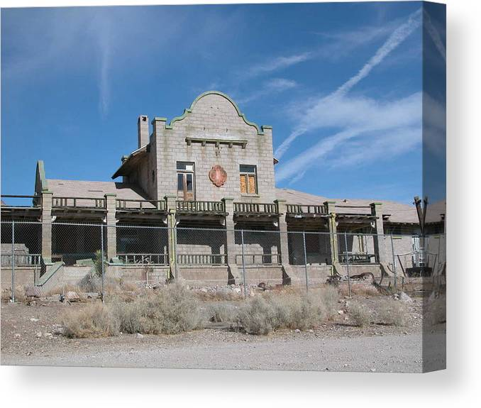 Landscape Canvas Print featuring the photograph Rhyolite Station by William Thomas