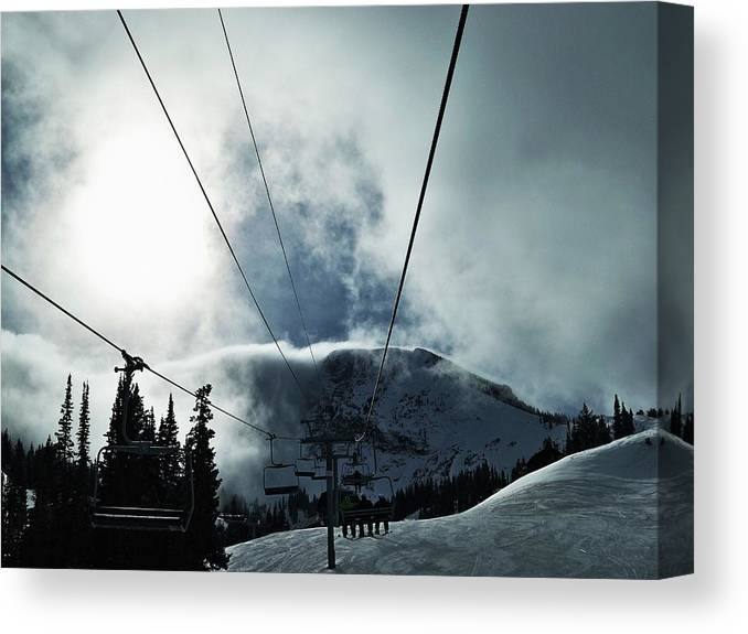 Landscape Canvas Print featuring the photograph Rise To The Sun by Michael Cuozzo