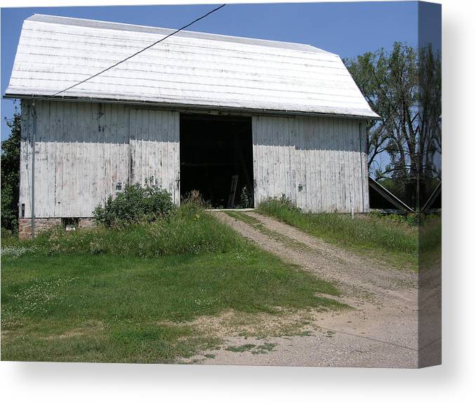 Barn Canvas Print featuring the photograph The Barn At The Farm by Janis Beauchamp
