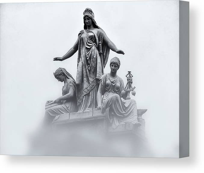 Washington Dc Canvas Print featuring the photograph Three Woman by Bill Cannon