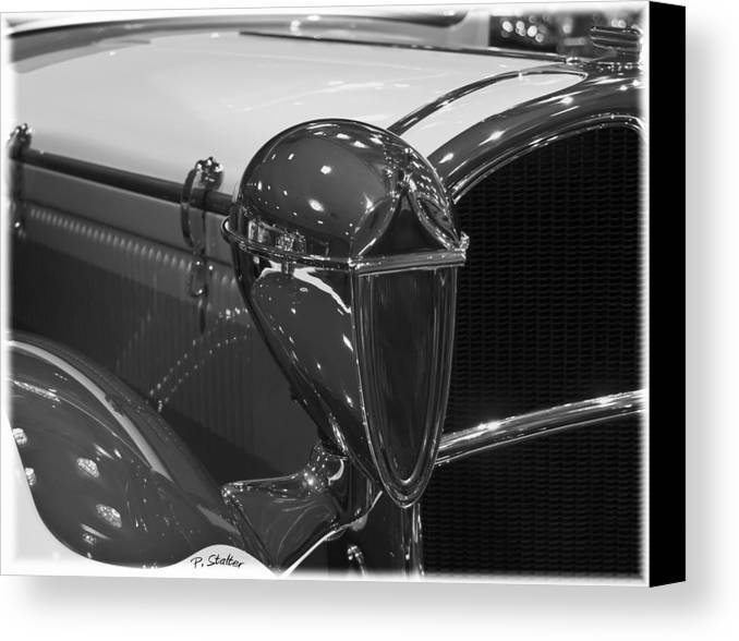 Headlight Canvas Print featuring the photograph Alien by Patricia Stalter