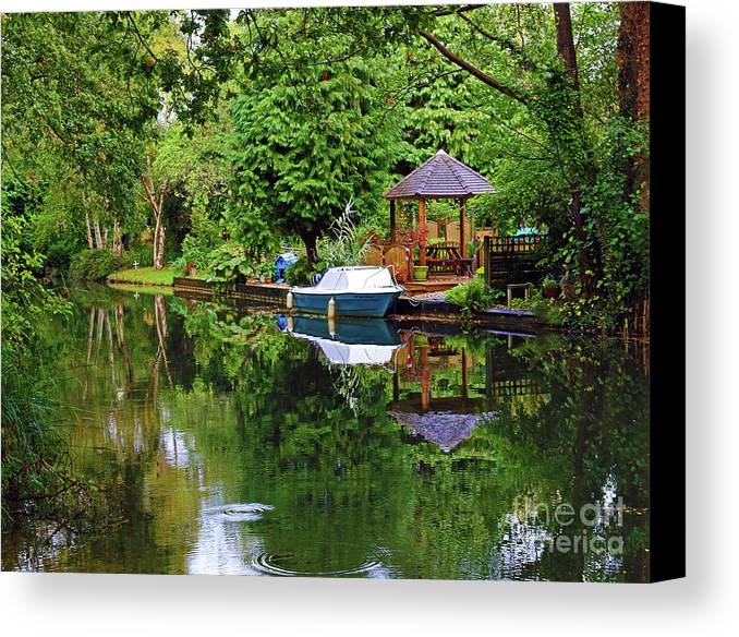 Reflections Canvas Print featuring the photograph Canal Living by Jane McGowan