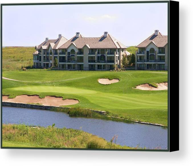 Golf Canvas Print featuring the photograph Colbert Hills Golf Course by Jim Darnall