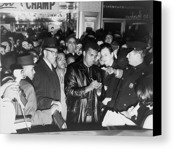 History Canvas Print featuring the photograph Muhammad Ali Cassius Clay Defeated by Everett