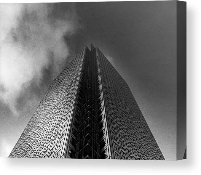 Canary Wharf Canvas Print featuring the photograph Canary Wharf London 3 by David Rives