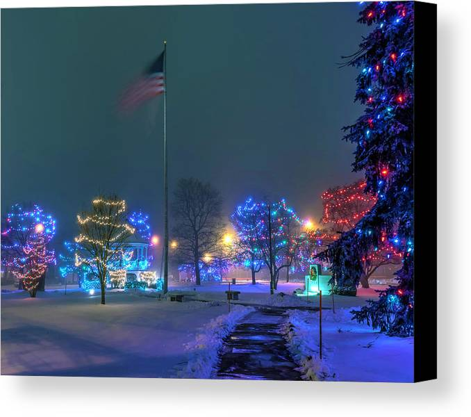 Civil Canvas Print featuring the photograph Billerica Common 001 by Jeff Stallard
