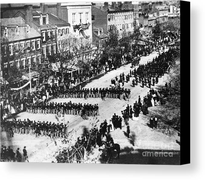 History Canvas Print featuring the photograph Lincolns Funeral Procession, 1865 by Photo Researchers, Inc.
