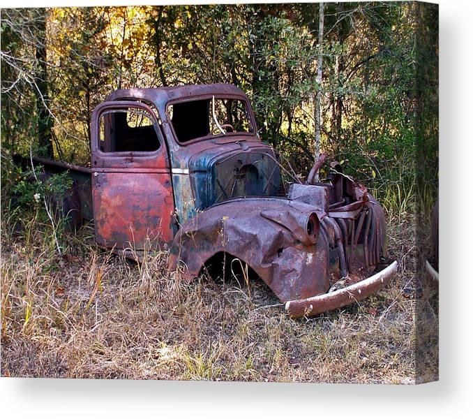 Truck Canvas Print featuring the photograph Old Truck - Purtis Creek by Allen Sheffield