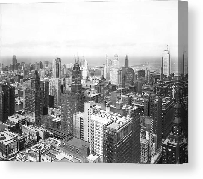 1950's Canvas Print featuring the photograph 1955 Downtown Chicago by Underwood Archives