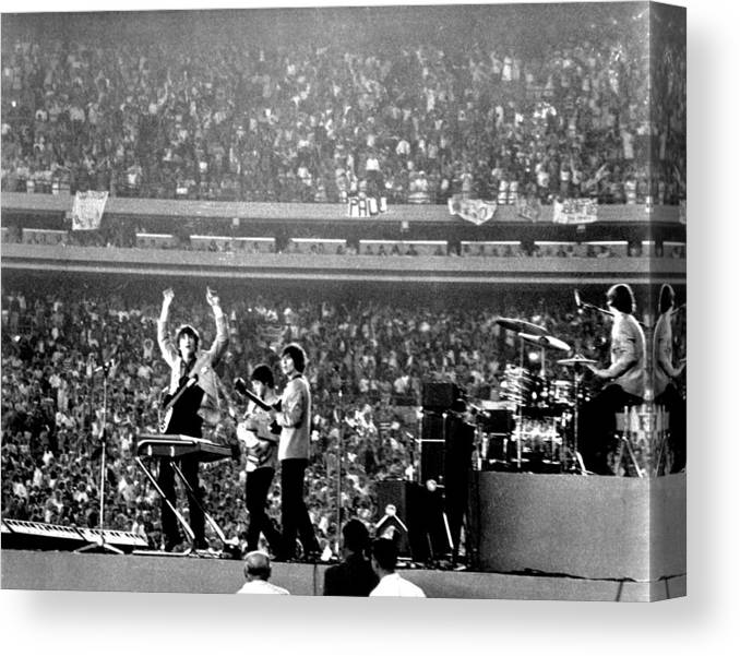 Paul Mccartney Canvas Print featuring the photograph The Beatles by Michael Ochs Archives