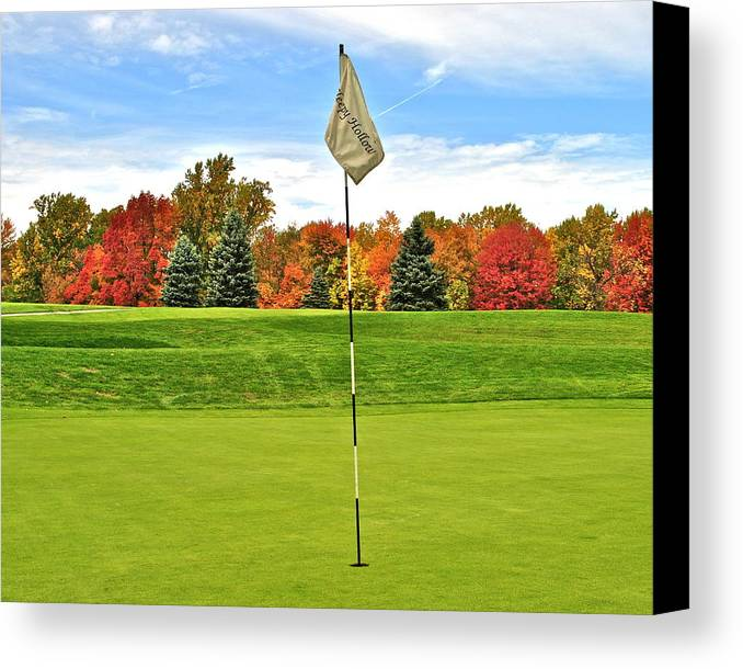 Golf Canvas Print featuring the photograph Autumn Golf by Frozen in Time Fine Art Photography